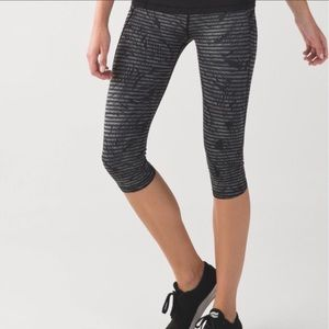 Lululemon Run: Top Speed Crop *Full-On Luxtreme